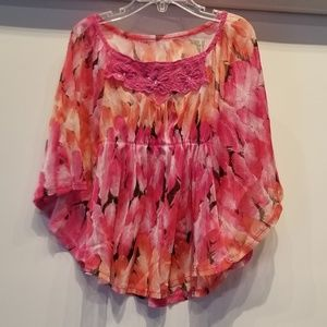 Other - *3/$25* Colorful Girl's Top